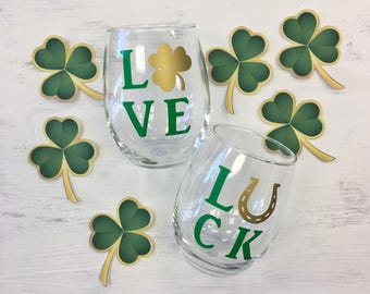 Set of 2 LOVE LUCK Wine Glasses | St Patricks Day