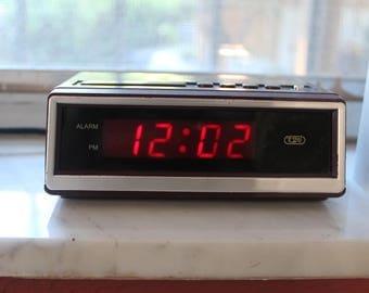 Vintage Tozaj Alarm Clock