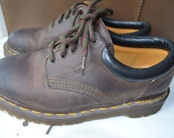Vintage Doc Martens, UK 5, US 7,  Made in England, brown oxford,  vintage docs, Dr.Marten shoes, brown leather, brown tie shoes, Doc marten