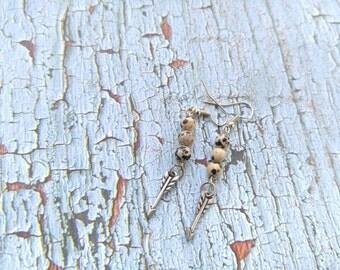 Speckled Arrow earrings