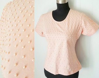 90s Light Pink Pearl Beaded Stretch T-Shirt Blouse by Apart Impressions   Labeled Size Medium