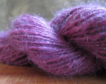 wool spun at the spinning-wheel fine Kid Mohair 124 m / 40 gr