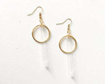 Clear bar circle earrings