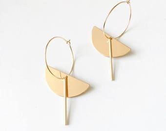 Half circle bar hoop earrings