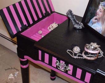 Jewelry Vanity and matching chair