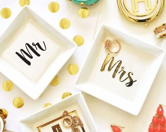Mr & Mrs Ring Dish- Engagement Gift - Wedding Favors - Bride and Groom