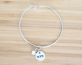 hand stamped charm bracelet | mom and birthstone