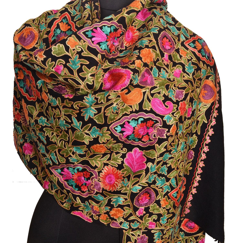 kashmiri_hand_embroidered