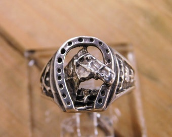 Vintage Sterling Silver Horse and Horseshoe Ring Size 10.5