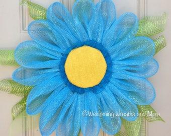 Daisy Wreath, Blue Flower Wreath, Spring Mesh Wreath, Daisy Wreath, Flower Wreath, Daisy Door Wreath, Summer Wreath, Mesh Flower Wreath