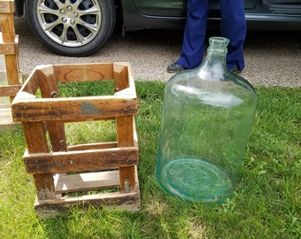 L@@K!! Vintage Glass Water Bottle w/ Wood Crate 5 Gallon