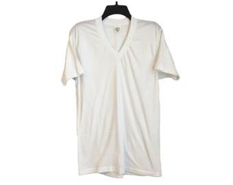 Vintage Brut 33 Plain White Super Soft V-Neck Shirt Small/Medium FREE SHIPPING!