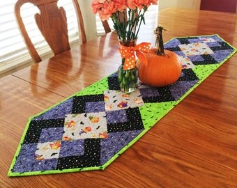 Angled Halloween Insulated Table Runner - Reversible