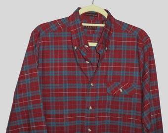 70's-80's Levi's plaid button down collar shirt// Vintage soft preppy western tailored flannel oxford// Men's size medium