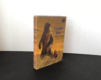 Gentle Ben, Walt Morey, Illustrated by John Schoenherrr -1965