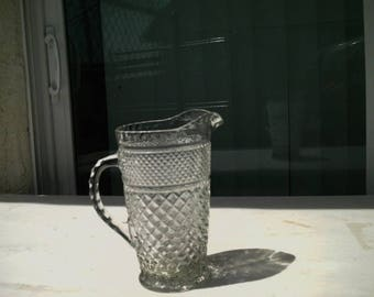 Summer Sale Free Shipping Beautiful Vintage Pressed Glass Pitcher Wexford Diamond Pattern ~ Anchor Hocking