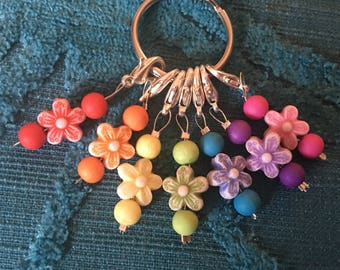 Rainbow Flower Stitch Markers, Progress Markers, Crochet Markers, Knitting Markers - set of 7