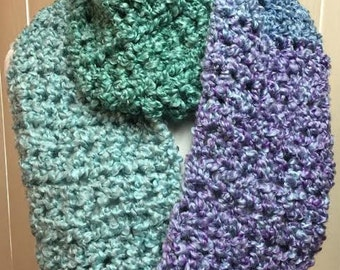 Blue Scarf, Crochet Scarf, Blue and Green Scarf, Chunky Scarf, Infinity Scarf, Fuzzy Scarf, Gifts for Her, Winter Scarf, Circle Scarf