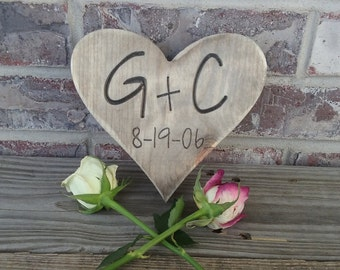 Rustic Heart with Initials and wedding date, Wedding Decor, wedding centerpiece