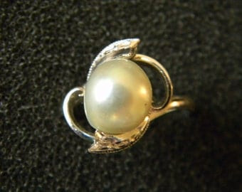 Vintage Sterling Silver and Cultured Pearl Ring Wedding Jewelry