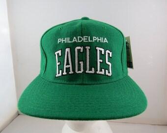 Philadelphia Eagles Hat (VTG) - Wool Script by Starter - Adult Snapback - NWT