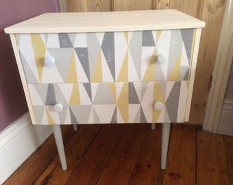 1960's chest of drawers, vintage.