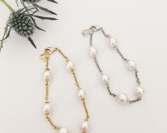 White cotton pearl chain bracelet