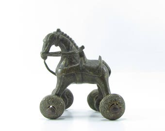 Horse on wheels cast metal vintage art,Indian artifact,India brass statue,sculpture,collectible,figurine,horse lovers gift,equestrian.