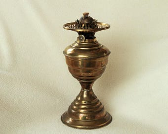 Vintage Valor Brass Oil Lamp