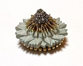 Cluster Brooch, Vintage Style Pin, Repurposed Brooch, Repurposed Jewlery, Vintage Style Jewelry, Vintage Style Accessory, OOAK Small Gift