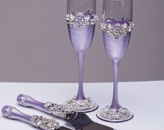 Wedding glasses and Cake Server Set Wedding Cake Knife lavender and silver Cutting Set Toasting flutes Champagne glass light purple, set of4