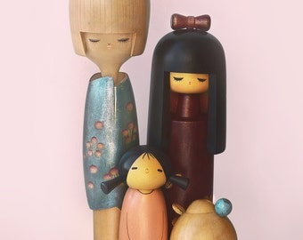 Collection of Vintage Kokeshi wooden dolls / Kokeshi doll