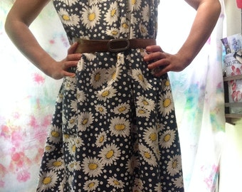 Darling navy daisy and polka dot dress