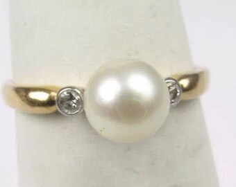 Charming vintage 14K gold Pearl diamond ring