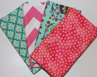 SALE - 4 Fat Quarters (teal and pink) - Cotton fabric
