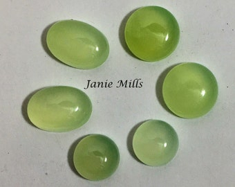 Chalcedony Green 12mm round Cabochon