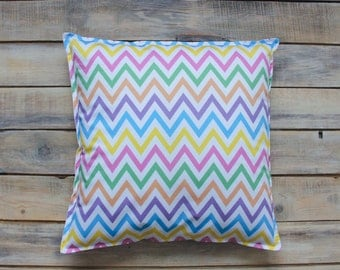 READY TO SHIP! Rainbow Zigzag Pillow with Cotton Cover 40x40 cm
