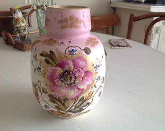 1960s handpainted vase with gold accents musterschutz shabby chic