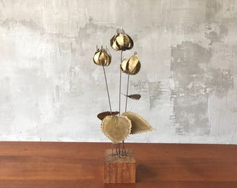 Brass and wood wildflowers