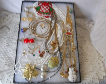 Vintage Jewelry Lot To Wear Or For Crafts #983