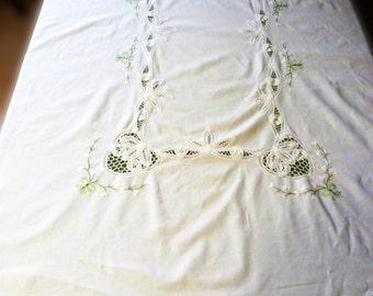 GRAZUITA SHIPPING!!!  White rectangular tablecloth 60 years/Free shipping!!! white tablecloth rectangular 60s