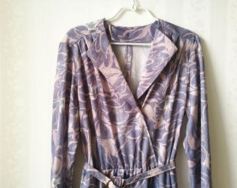 Adorable Lavender Vintage Dress