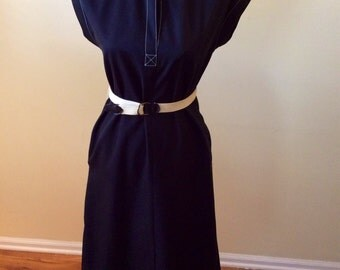 1970's vintage Leslie J dress/ little black dress/ classic dress