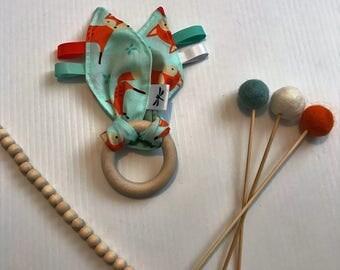 Taggy Fabric Teething Ring Mint Fox