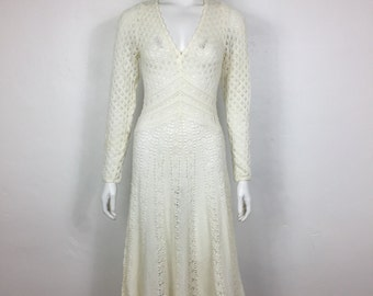 Vtg 70s woven knit sweater dress white body con fit and flare deep V