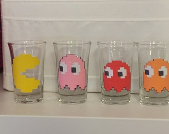 PacMan set of 4 shot glasses, NEW