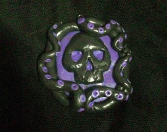 Dead mans curse pendant
