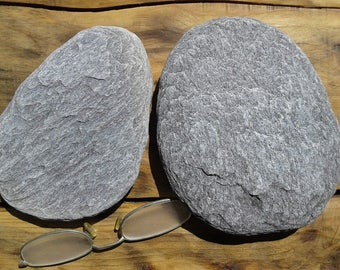 Flat beach pebbles etsy for Flat stones for crafts