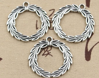 4 Christmas Wreath Charms Antique Silver Olive Branch Wreath Laurel Leaf Wreath Charms Wreath Pendants #782