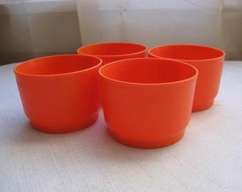 Tupperware Snack Cups Orange set of 4